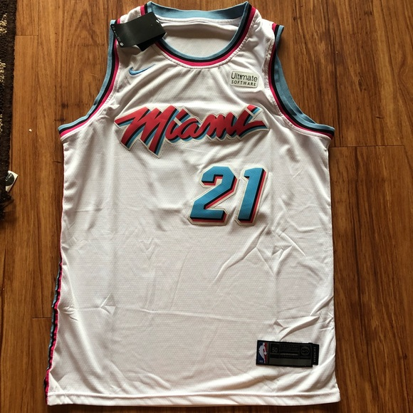 new arrival 9ed30 065f8 Hassan Whiteside Stitched Miami Heat Jersey NWT